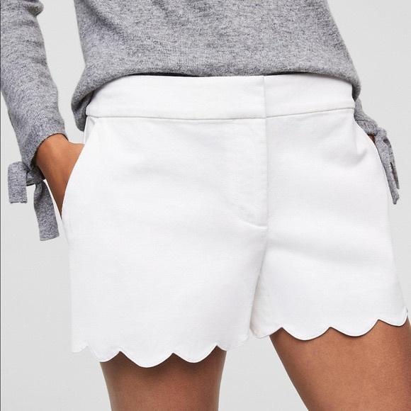 LOFT Pants - Loft white scalloped shorts